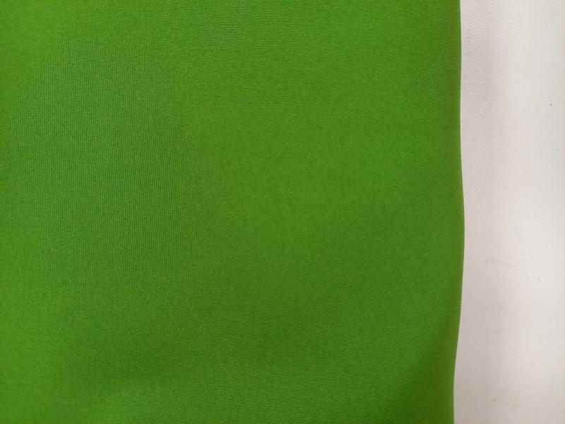 Kivizöld vizlepergető